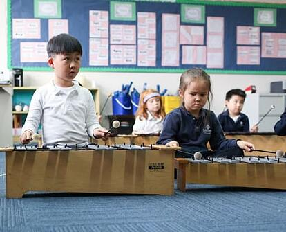 cognitive-benefits-of-children-studying-music